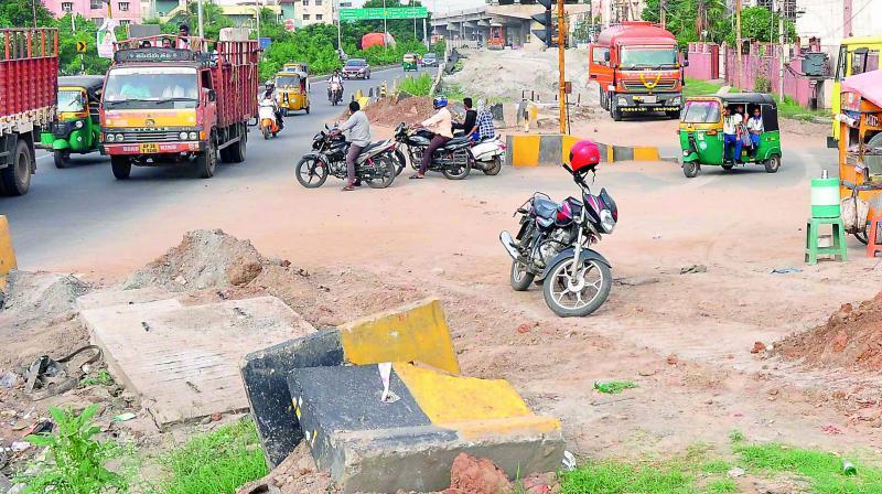 National Highway Authority speeds up work on the underpass near Fakeergudem under Benz Circle flyover in Vijayawada on Wednesday. (Photo: DC)