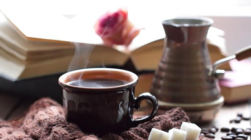 Researchers find esophageal cancer risk significantly high for those who drink hot tea