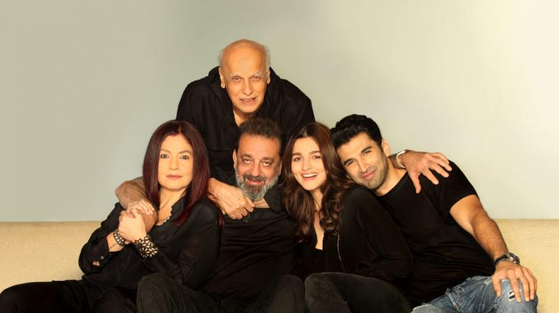 Mahesh Bhatt, Pooja Bhatt, Sanjay Dutt, Alia Bhatt, Aditya Roy Kapur are part of Sadak 2.
