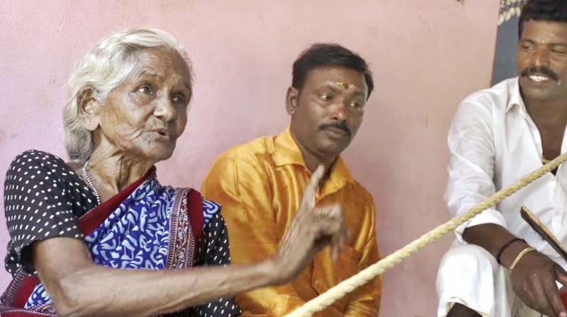 Poongani performing