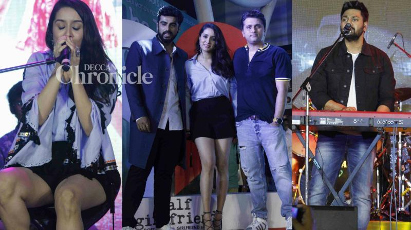 Shraddha Kapoor and Arjun Kapoor displayed their vocal skills at a special Half Girlfriend concert held in Mumbai on Thursday. (Photo: Viral Bhayani)