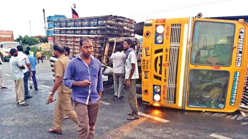 Six die in 3 different road accidents near Kanchi