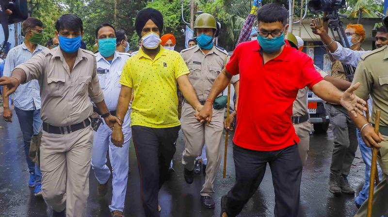 Mamata government alleges 'communal twist' in turban row - Deccan Chronicle
