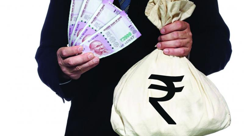 Police seized Rs 8.62 lakh in cash and fake documents from their possession.