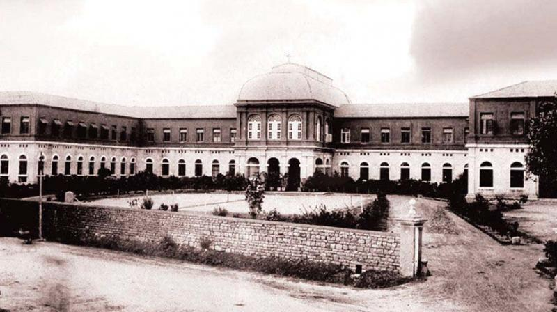 A photo of St. Joseph's Boys' High School from 1911.