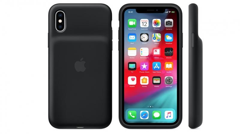 The case may be inconvenient in the initial stages, but believe me, it will soon go unnoticed. The case fits on very snug and protects the iPhone with its rubber exterior. The case is pretty comfortable in the longer run and is extremely grippy. Tip: keep it away from dust and lint.