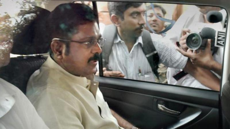 During arguments, the poll panel, Palaniswami, Panneerselvam and others opposed the grant of 'hat' symbol to Sasikala-Dhinakaran group by the court, saying the RO alone had the power to do so. (Photo: PTI/File)