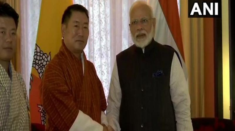 Following the address, Modi visited the National Memorial Chorten, where he offered 'khaddar' and lit butter lamps. The monument honours the third King of Bhutan or the 'Druk Gyalpo', Jigme Dorji Wangchuck. (Photo: ANI)