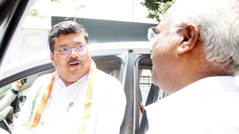 AICC general secretary in-charge of the state, Mukul Wasnik being greeted by Robert Bruce, AICC observer of Thiruvananthapuram Lok Sabha constituency at Indira Bhavan when the former came to take stock of the situation in all the 20 Lok Sabha constituencies by holding talks with the in-charges on Sunday.