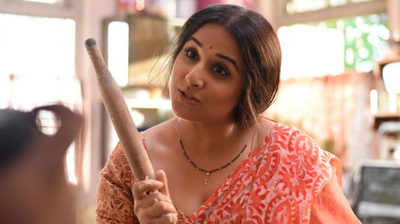 Crazy Fans Create Trouble For Vidya Balan And Anshula Kapoor-6559