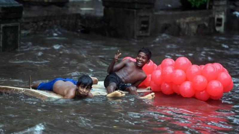 Mumbai rain trending on Twitter!