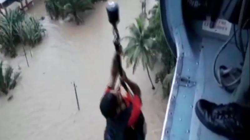 A video shows how the Indian Air Force is airlifting those stranded in flood ravaged areas. (Photo: ANI | Screengrab)