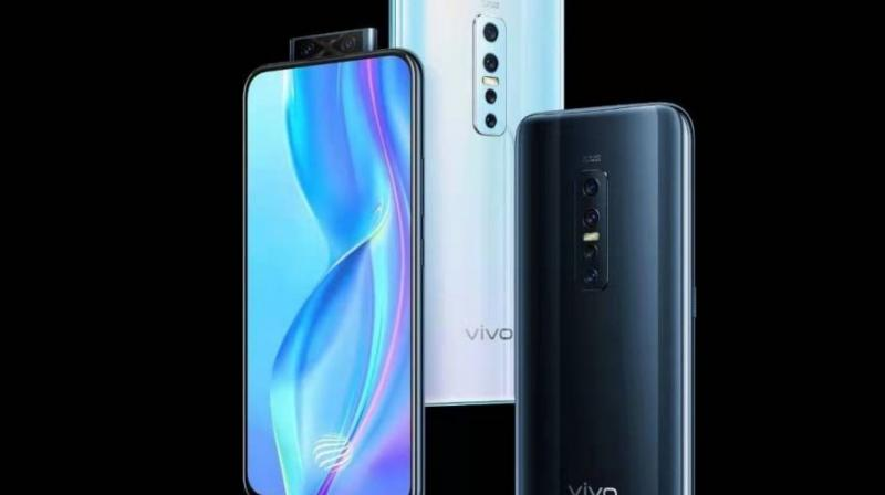 The Vivo V17 Pro is targeted at photography and selfie freaks, and features a quad camera setup on the rear, comprising a 48MP f1/8 main lens with phase-detection auto focus.