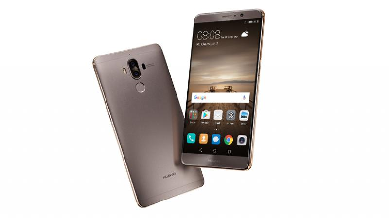 Huawei also plans to bring its own AI processor this year. But it is still unclear whether the Mate 10 will incorporate the AI processor. Earlier, there were reports that the smartphone will feature face recognition, support for Augmented Reality and 3D touch sensitivity as well.