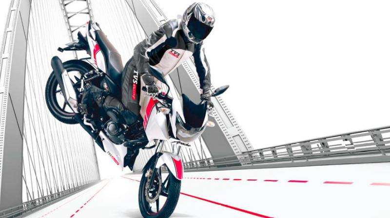 TVS Apache RTR 160 gets a Race Edition