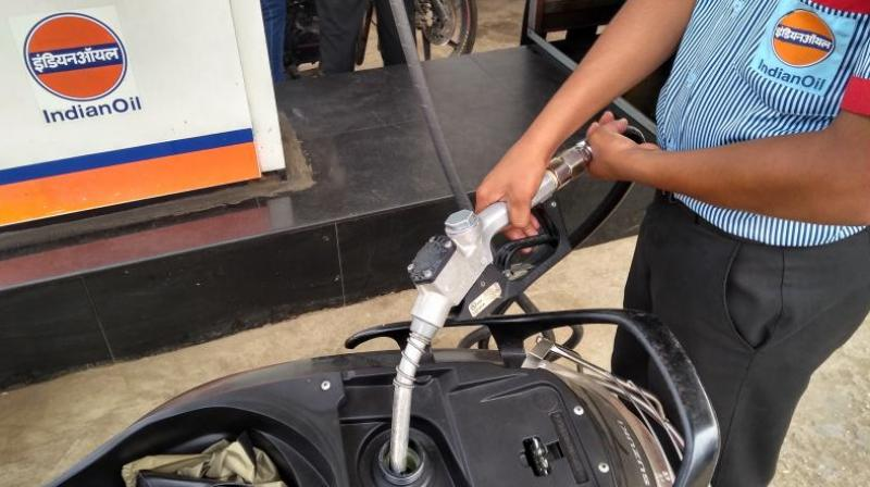 A litre of petrol now costs Rs 71.82 a litre in Delhi, Rs 77.50 in Mumbai, Rs 74.63 in Chennai, Rs 74.21in Bengaluru and Rs 74.49 in Kolkata. (Photo: DC)