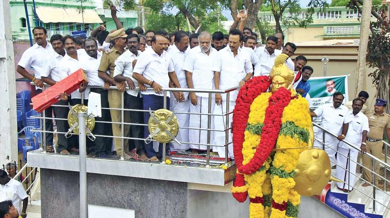 MK Stalin pays floral tribute to freedom fighter Poolithevan on his 304th birth anniversary at Nerkattancheval in Tirunelveli district on Sunday.