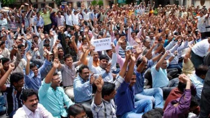 Hyderabad: Teachers stage dharna over delay in appointment