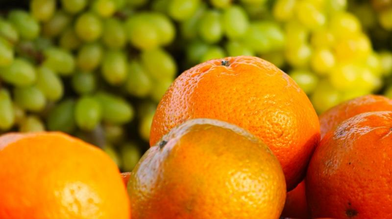 Giving vitamin C intravenously creates blood levels that are 100 - 500 times higher than levels seen with oral ingestion. (Photo: Pixabay)