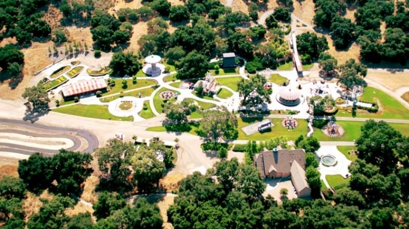 An aerial view of singer Michael Jackson's Neverland Valley Ranch on June 25, 2001 in Santa Ynez, California. (Photo: AFP)