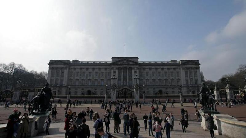 Buckingham Palace is also part of the advertisement that seeks a furnishings manager. (Photo: AFP)