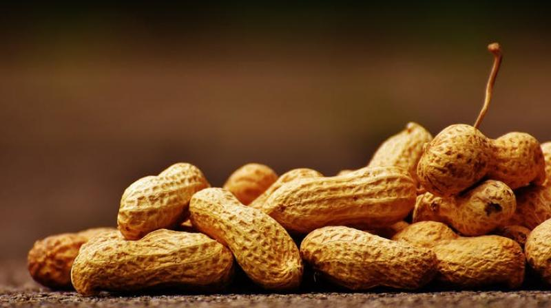 Recent studies have shown that avoiding the nuts during infancy increases the risk of allergy. (Photo: Pexels)