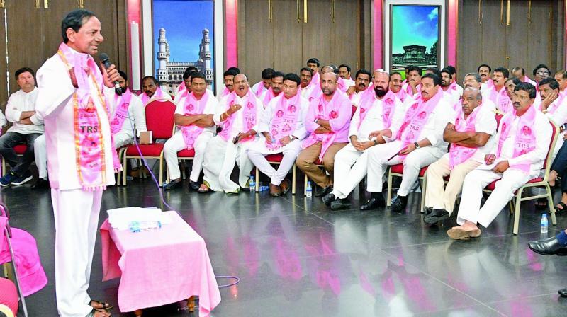 TRS chief K. Chandrasekhar Rao addressing party legislators at Telangana Bhavan  on Monday.
