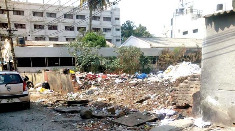 Garbage dumped in N.S. Palya, BTM Stage 2 is an eyesore