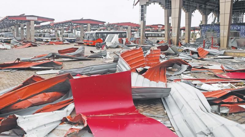 Debris litters the floor at a bus stand in Puri on Sunday after Cyclone Fani swept through the area. Cyclone Fani, one of the biggest to hit India in years, tore into Odisha on May 3, leaving a trail of devastation across the coastal state of 46 million people before swinging towards Bangladesh.(Photo: AFP)