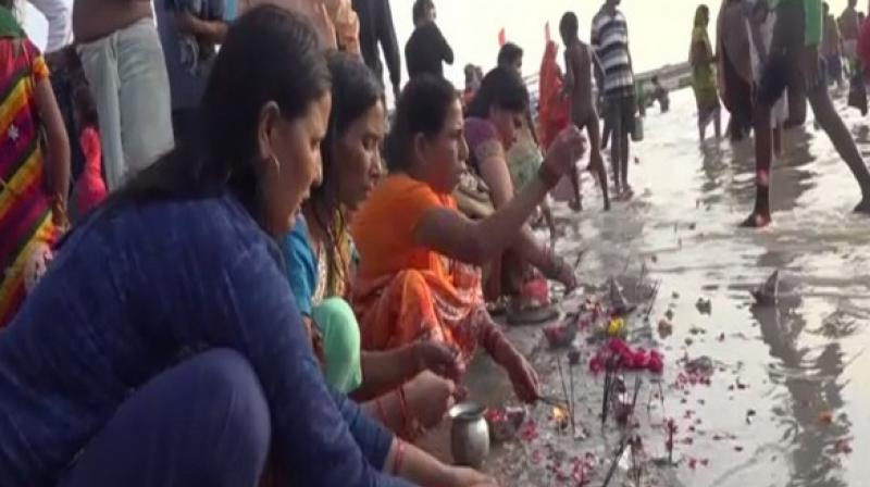 Devotees also visited Haridwar and Sai Temple in Nagpur to offer their prayers.  (Photo: ANI)