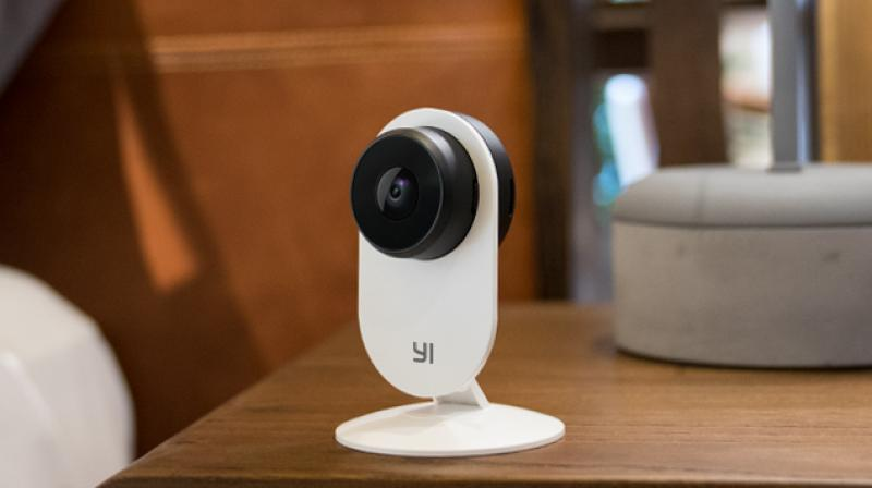 Featuring 1080P full HD video quality, a lightweight and versatile design, and advanced sound and human detection, the YI Home Camera 3 offers the ultimate in peace of mind.