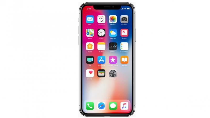 Another peculiar problem with some iPhone X units is with the green line showing up on the OLED display as users started reporting along with images on social media platform.
