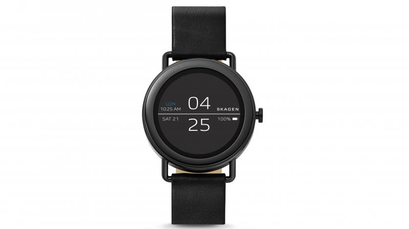 Falster – Android Wear 2.0 powered smartwatch.