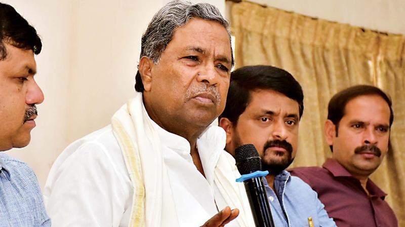 Coalition co-ordination committee chairman Siddaramaiah speaks during an interaction programme organised by Mysuru District Journalists Association in Mysuru on Tuesday 	(Photo: KPN)