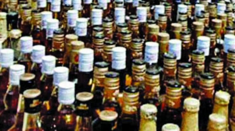 69 die after drinking tainted alcohol in India