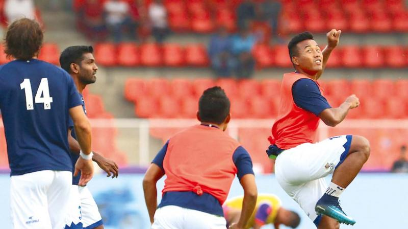 Chennaiyin FC would be hoping that Jeje Lalpekhlua (right) would break his duck in ISL-4 on Thursday.