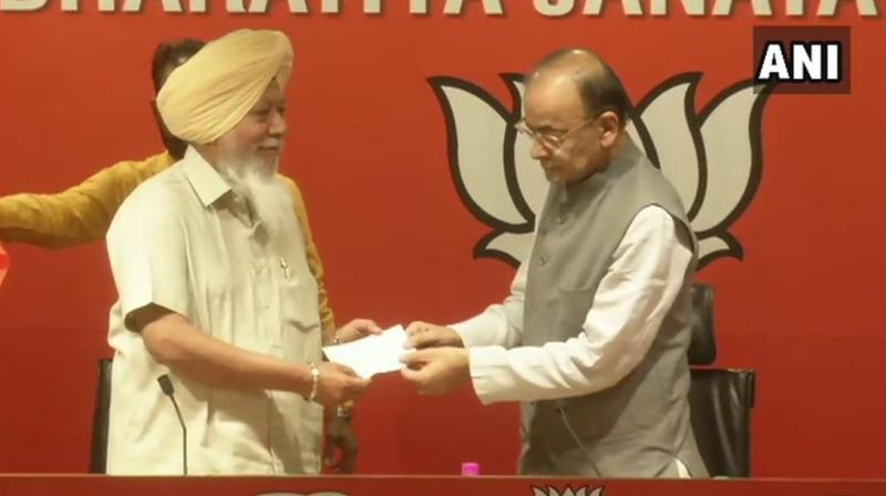 Fatehgarh Sahib MP Khalsa joined the party in the presence of Union Finance minister Arun Jaitley. (Image: ANI)