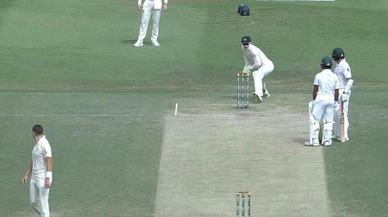 Ali steered a delivery through slips and the ball rolled towards the boundary. Ali didn't run, believing he'd hit a four, and met Asad Shafiq in the middle of the pitch to talk. (Photo: Screengrab)