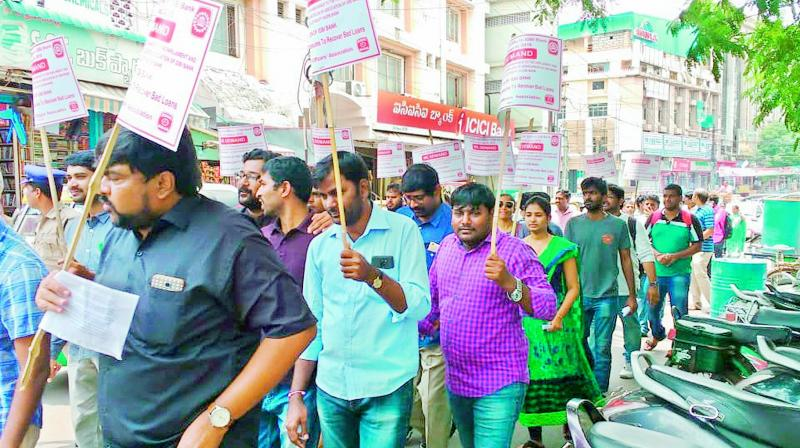 IDBI Bank staffs across the country in unrest over government decision