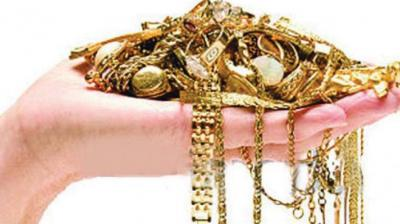 Gold imports last month dropped 73 per cent to 30 tonnes from 111.47 tonnes in the year-ago month, the lowest level in three years, said a Reuters report quoting government officials.
