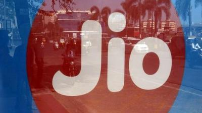 Established operators like Bharti Airtel, Vodafone Idea Ltd are in the midst of a bruising tariff war following the entry of Reliance Jio. (Photo: File | ANI)