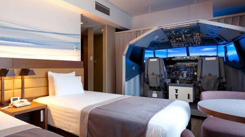 The Haneda Excel Hotel Tokyu, which is connected to Terminal 2 of Haneda International Airport in Tokyo, offers a room, called the 'Superior Cockpit Room.