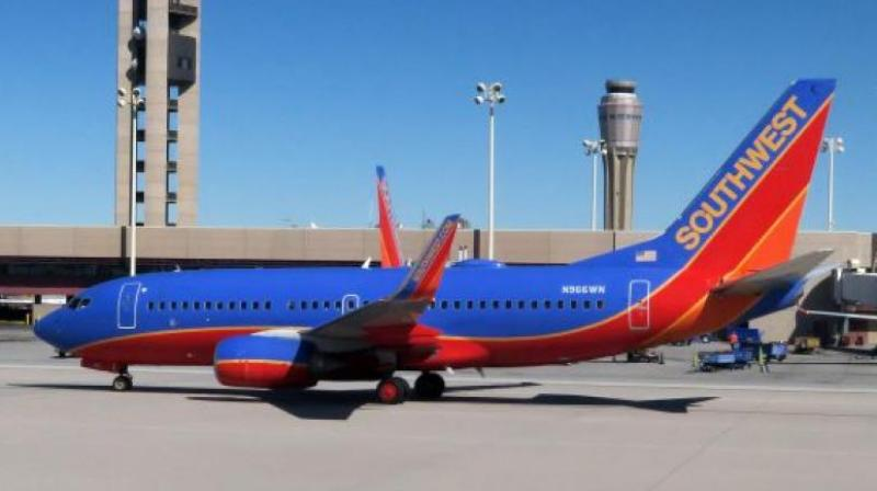 Pilot of Southwest flight with blown engine was Navy fighter