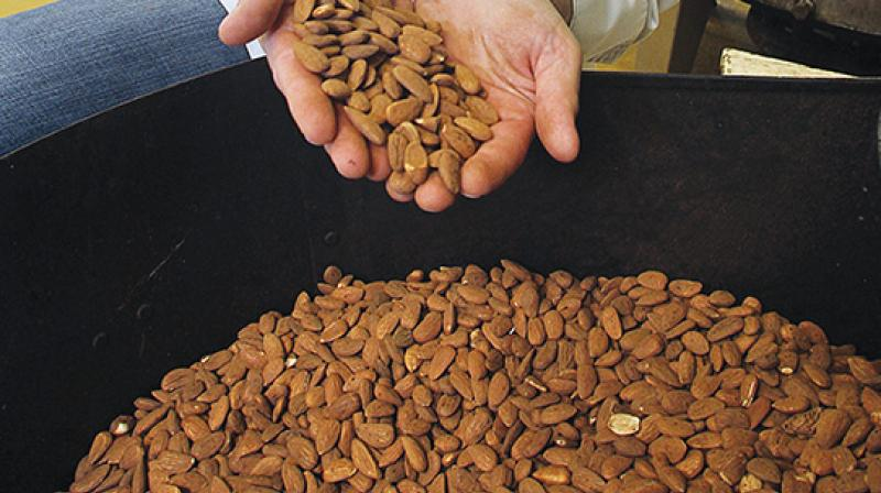 Almonds are said to have the potential to be a smart snack (Photo: AFP)