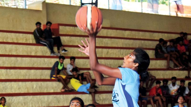 The capital city also booked the quarters in the boys' category and guiding them to a narrow 61-58 win was NBA Academy product Pranav Prince, who scored 17 points.