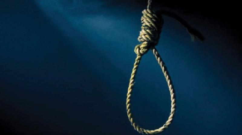 Pakistan executes rapist of 7-year-old in presence of victim's father