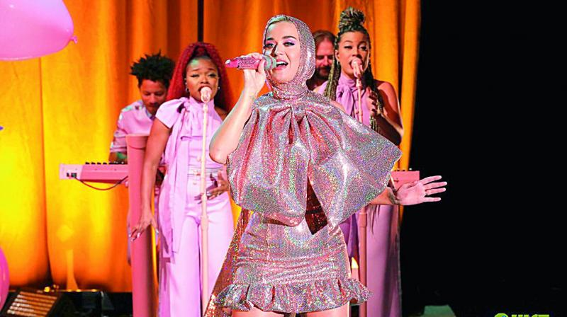 Katy Perry Gives Glittery First Performance Of 'Small Talk' On 'Ellen'