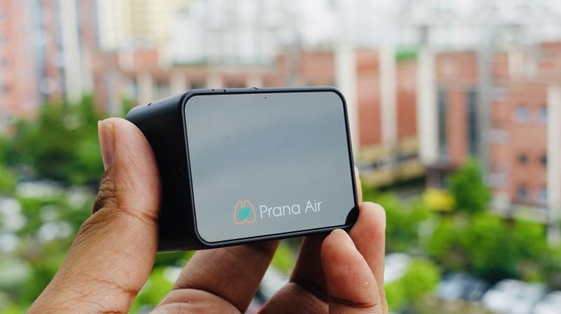 Prana Air Pocket Monitor has a built-in, high quality sensor to check PM2.5 values.