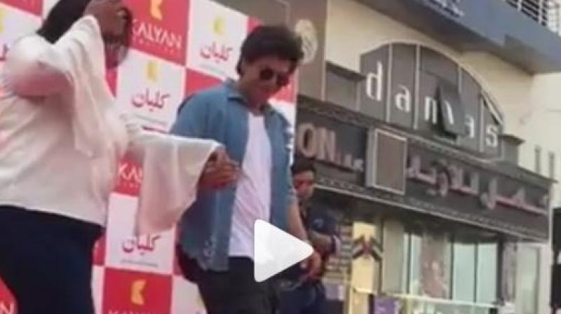 Shah Rukh Khan dances on 'Gerua'. (Video: Instagram)