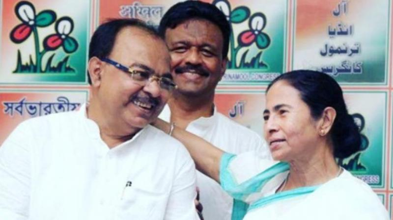 Chatterjee, who was once a trusted lieutenant of the TMC supremo, mocked her and the party's leadership for appointing poll strategist Prashant Kishor to revive its prospects in the next assembly polls. (Photo:Twitter   MukulAdhikary5 )